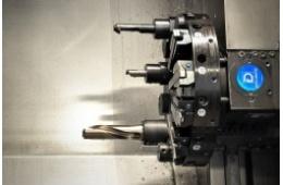 CNC soustruh MAS  SP 180 detail hlavy výměnných nástrojů