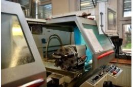 CNC soustruh MAS Masturn 54-800 detail obráběcích nástrojů