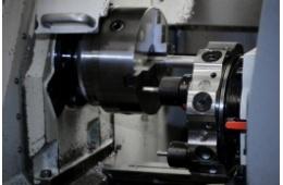 CNC soustruh MAS Masturn 54-800 detail obráběcí hlavy