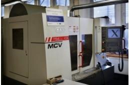 Vertikální obráběcí centrum MAS MCV 754 QUICK 4 osy cnc obrábění